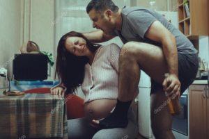 Муж уголовник избивает беременную жену что будет